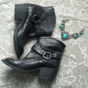 Lucky Brand boots
